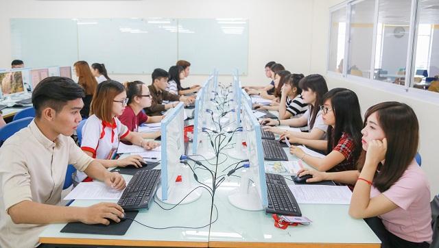 các trường có ngành thương mại điện tử