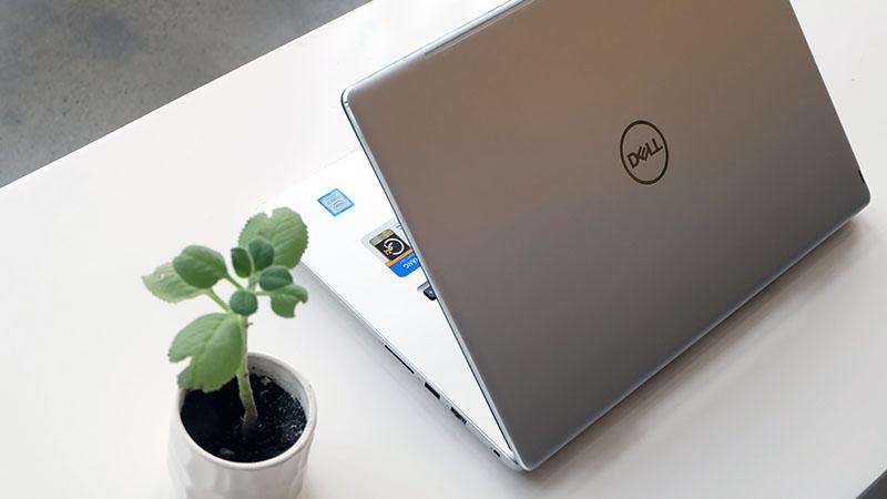 Laptop cho sinh viên lập trình viên cần ưu tiên chú ý tới CPU, RAM và màn hình